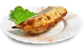 Чебурек с картофелем и моцарелой
